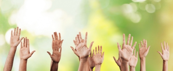 raised_hands
